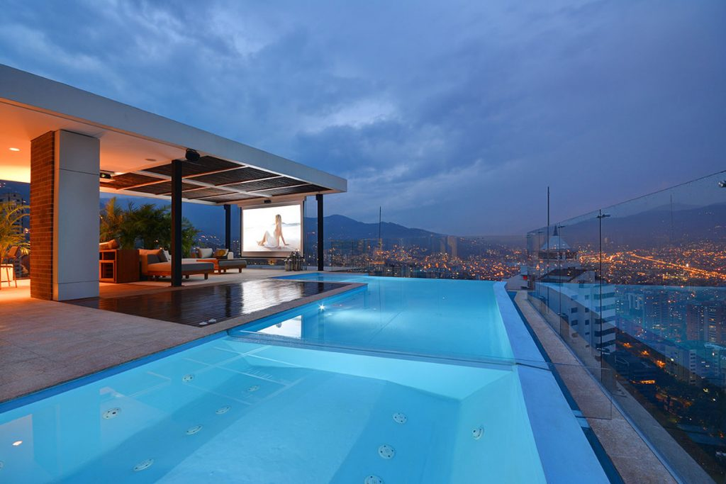 Rooftop pool in Medellin Penthouse