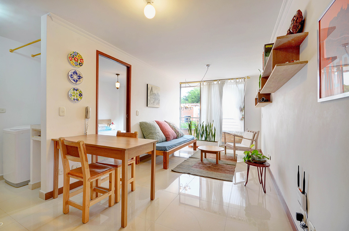 How Much More Does A Furnished Apartment Cost
