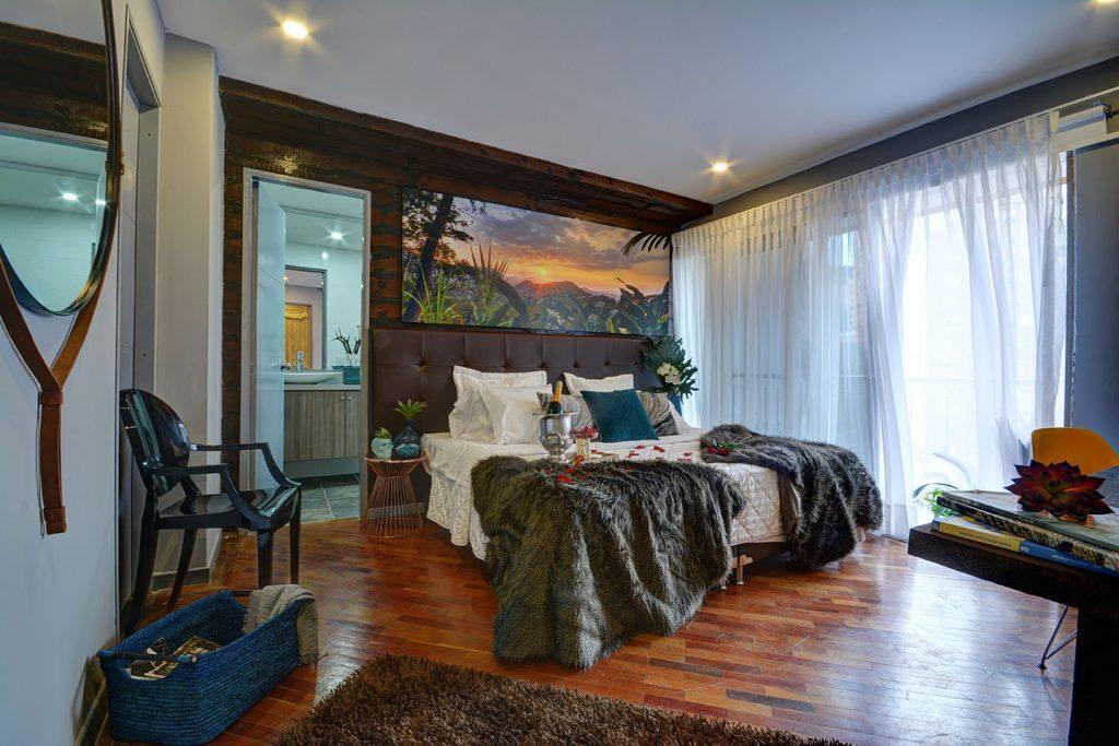 Master-bedroom-in-medellin-luxury-penthouse
