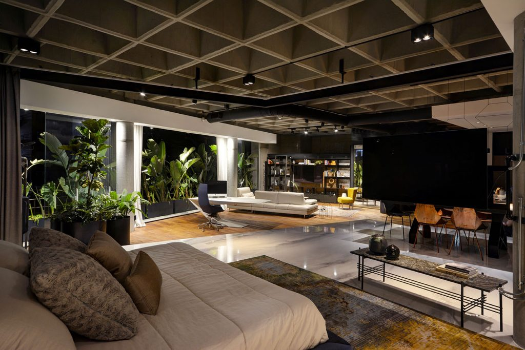 Luxury Loft Apartment Bedroom showing full floor